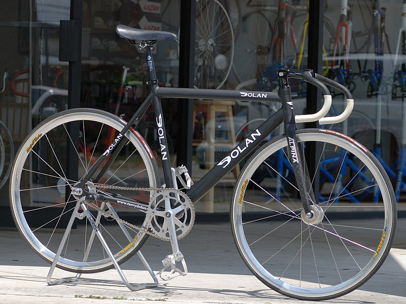 BUSINESS CYCLES Track Racing Bicycles And Frames DOLAN TRACK FRAME - Alpina forks